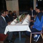 """السفارة السعودية في """"النمسا"""" تقيم مأدبة عشاء لبعثة فريق #الهلال الأول لكرة القدم في مقر إقامتها بمدينة """"سالزبورغ"""". http://t.co/1NOM2CtJBT"""