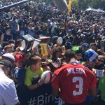 @DangeRussWilson signing autographs after #SeahawksCamp today @MikeKOMOsports @KOMO4Sports #LiveOnKOMO http://t.co/8HmAayBKVb