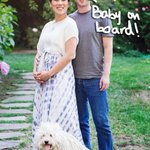 #MarkZuckerberg better change his @facebook status… he's going to be a father! http://t.co/mUtMlswUfS