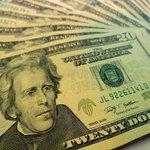 El dólar bajó hoy a S/.3.192, pero cerró julio con un alza mensual de 0.38% http://t.co/zyOrL8VHu4 http://t.co/WPdZy7IRfX