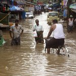 Myanmar has seen more than 3 feet of rain in past week, with deadly floods http://t.co/GjoEJ9cRd2 http://t.co/DX9uSGpR9u