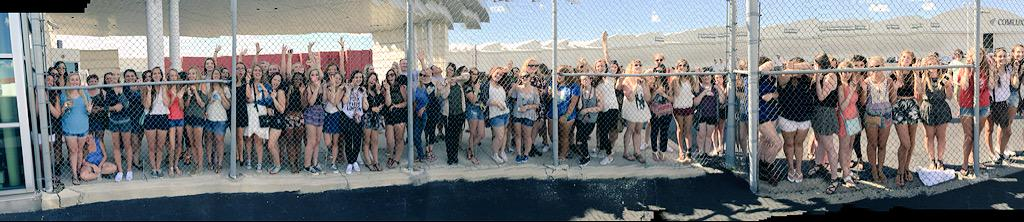 .@onedirection fans ready and waiting for #OTRAIndy! #1DinIndy #OTRAIndianapolis http://t.co/EBLK9mz0D3