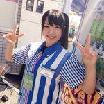 東京テレポート駅のZepp DiverCity側出口からすぐのローソンお台場店にアイドルカレッジがいた!!!!!しかもローソン店員さんの服装!!なんか萌える!! #TIF #TIF2015 http://t.co/qWSMJZwa7x