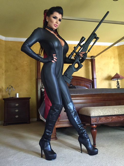 1 pic. So I was a fucking assassin (literally) for my @Brazzers series/feature all week. ? Thank you