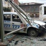 В Туле такси протаранило пешеходную остановку. Фоторепортаж http://t.co/Bk22YE9R86 http://t.co/2KBhU2IeQo