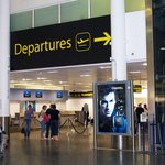 Gatwick airport departure lounge information.Book your taxi now. https://t.co/9fhIM1m72b #Gatwick #Airport #Departure http://t.co/qq05dHwHnq