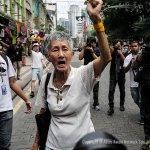 Demontrasi #TangkapNajib di Sogo Kuala Lumpur berakhir dengan penahanan (oleh Shahir Omar) http://t.co/nNBYNKa3x3 http://t.co/PN0UkguMAi
