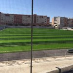 Ultimando el césped de ultima generación que hace que el E. Puga sea una de las mejores instalaciones de Andalucía. http://t.co/UxXfYJA2Pg
