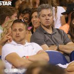 We have a gallery of dads at the #OneDirection concert. #1DIndy http://t.co/6c0ideJ3ax http://t.co/ipkQBYxYOY