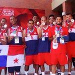 La @FePaBa felicita al #Equipo de #Baloncesto #Masculino de @OEPanama por lograr la Medalla de Bronce en Los Angeles. http://t.co/XXCXoC6ch3