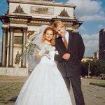 Свадьба Пескова. Ну не эта, а предыдущая http://t.co/BN9g05AcYb