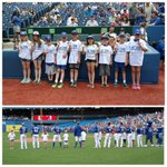 Thanks to these Jr Jays for taking part in todays starting lineup! @bostonpizza http://t.co/A0hzWyK5y9