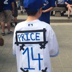David Price to give young @BlueJays fan a new jersey after the kid made his own http://t.co/hRj6KtfrnM http://t.co/NhVMSfePoT