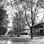 Auburn, 1910. Toomers Drugstore in background. (@aulibraries) http://t.co/khzzmbcncC