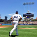 .@ClaytonKersh22 takes the mound. Look out. http://t.co/vHTchyODl1 http://t.co/w5Q9nbq5GS