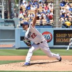 .@ClaytonKersh22 pitches a 1-2-3 fifth inning. #whiff Still 0-0 here at Dodger Stadium. http://t.co/zQQYG1uzUK