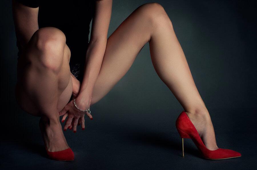 golie-sonya-nogi