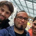 Selfie con Lalo de los @chanchoenpiedra en Zofri previo al concierto por el mes de la Juventud de @INJUVTarapaca http://t.co/GTNPzVVQeQ