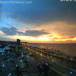 Hermosa imagen del primer atardecer de agosto 2015 en San Francisco de #Campeche: http://t.co/V52Sa83V1e