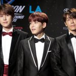"""???? RT """"@.keyoemi: #KCON15LA Kyuhyun, Ryeowook, and Donghae @ kcon red carpet ???? #SuperJunior http://t.co/dijmnzW6gy"""""""