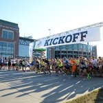 Check out the photos from tonights #Packers5K at @LambeauField. Full gallery: http://t.co/vpASKDKurF http://t.co/gy0BlkByFi