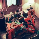 #SHINee Repackaged Album #MarriedToTheMusic, Full track and M/V release at midnight (KST)! http://t.co/0D1ompXGCj http://t.co/ZXVW2uoRyD