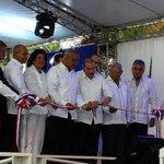 """Medina inaugura réplica de antigua estación """"La Voz del Yuna"""" en Bonao https://t.co/ajkHCwlJWt http://t.co/yG8NauD9jy"""