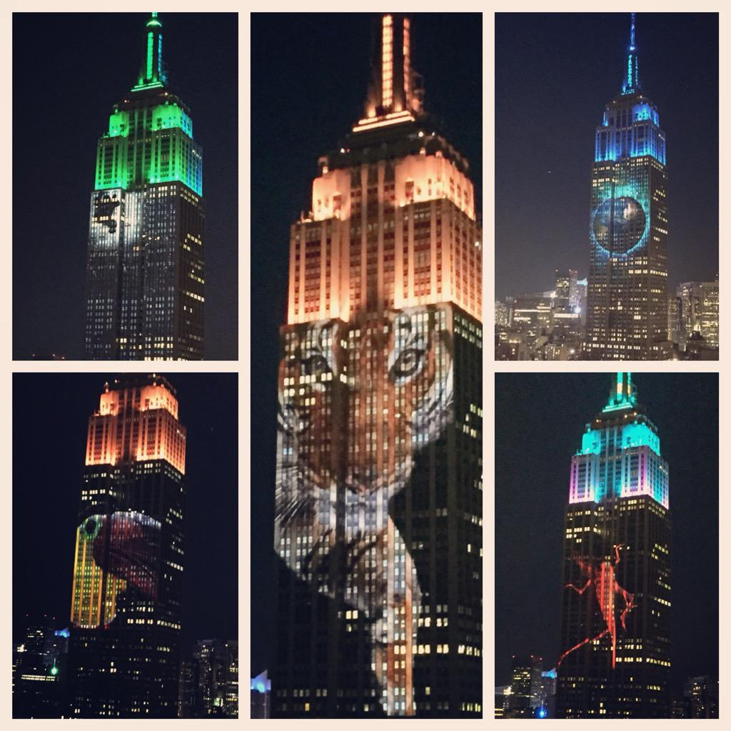 Loved seeing such a powerful display #EmpireStateBuilding #noahsark http://t.co/9L82pi2TL2