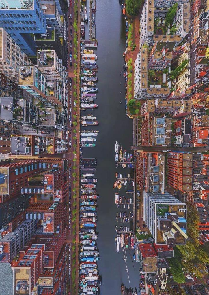 Westerdok Disctrict, Amsterdam, seen from above. | @EarthPix via @Ciribarr http://t.co/dkoDpNRm2C RT @Moonlight1390
