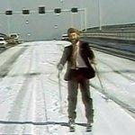 Exclusive first pic of Tasman Bridge traffic tomorrow #snowbart #Hobart #snow http://t.co/PSB0iCsbrF