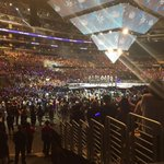 Even with the lights on theres still a sea of sapphire blue #KCON15LA #KCONLIVE #superjunior http://t.co/oimglcgrv2