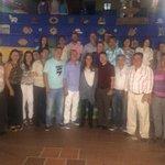 Con un gran equipo recorrimos las calles para saludar la querida comunidad de Guatapé @AlvaroUribeVel @CeDemocratico http://t.co/Ink6V8Xpby