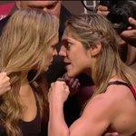 Ronda Rousey cala Bethe Correia em 34 segundos e segue dominando o mundo http://t.co/7tCZ60rlYh http://t.co/G58peqMxL8