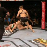 """Beijinho na lona pro recalque passar longe"" #UFC190 http://t.co/XXzA8RlnAp"