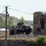 VİDEO - Karakola 2 ton bomba yüklü traktörle intihar saldırısı: 2 şehit, 24 yaralı! http://t.co/8E3B4nNKaB http://t.co/8E79DCMsO8