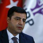 Demirtaş yine seslendi:PKK silahları susturmalı,hükümet operasyonları durdurmalı #KimTerörist? http://t.co/vSRpB6SzVP http://t.co/IbedNkEgAf