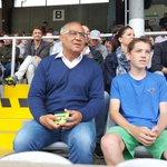 Gerade beim Derby @FCBayern vs @TSV1860 eingetroffen: #Magath - man beachte die Farbenwahl...@SPORT1 http://t.co/YA73FxUwOl