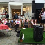@digthecitymcr volunteers enjoying the busking stage in king street #digthecitymcr #music #manchester http://t.co/YvxF1wDlFy