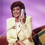 TV presenter and singer Cilla Black dies, aged 72 http://t.co/X8F1zJkU1X http://t.co/Pg7NOVyqEO