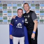 PHOTO: And heres @WayneRooney being welcomed by the man of the day #BigDunc http://t.co/Rq0FbqXlrh