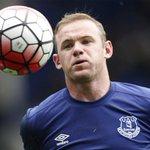 Wayne Rooney in an Everton shirt for Duncan Fergusons Testimonial today. http://t.co/fh1yHCyC9h