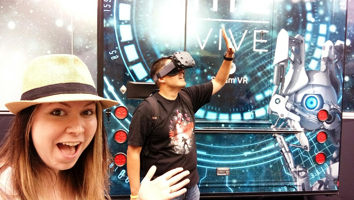 Have you tried the latest in virtual reality? @htc has it down! http://t.co/hX9qT1FI0V http://t.co/YHJjAGUp8h