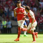 Alex Oxlade-Chamberlain nets the lone goal of the match to help Arsenal defeat Chelsea and win the Community Shield. http://t.co/vSrLM4ZSf5