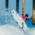 After two well-fought heats, @KanoaIgarashi and @hirotoohara1 advance to the Semis! #VansUSOpen http://t.co/ji86tvZHPH