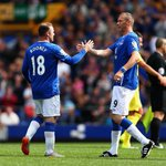 #BigDunc and @WayneRooney - reunited for the big mans testimonial. #EFC http://t.co/pbhVHcU4n0