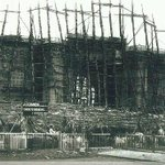 A rare pic of Gateway of India during construction stage.  #Mumbai #OldBombay http://t.co/GJbhGSuUL2