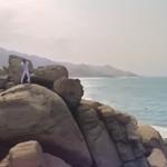 """VIDEO. La nueva versión de """"La Tierra del Olvido"""" de Carlos Vives http://t.co/bhjVuzeOL2 http://t.co/68ctAWCrqn"""