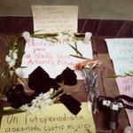 Periodistas de #Puebla recuerdan a #RubenEspinosa y las mujeres asesinadas en la Narvarte #NadiaVera #YeseniaQuiroz http://t.co/1iw3FcucR9