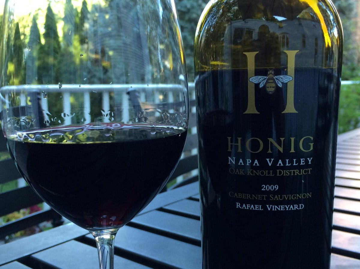 My goodness. First impression: This is the best wine I've tasted in a couple years. Wow. @honigwine http://t.co/OaFBbwbwlI