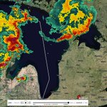 Anyone on Lake Huron or Georgian Bay need to get to the nearest shore now! Strong storms rolling through. #onstorm http://t.co/eJy02SzyUB